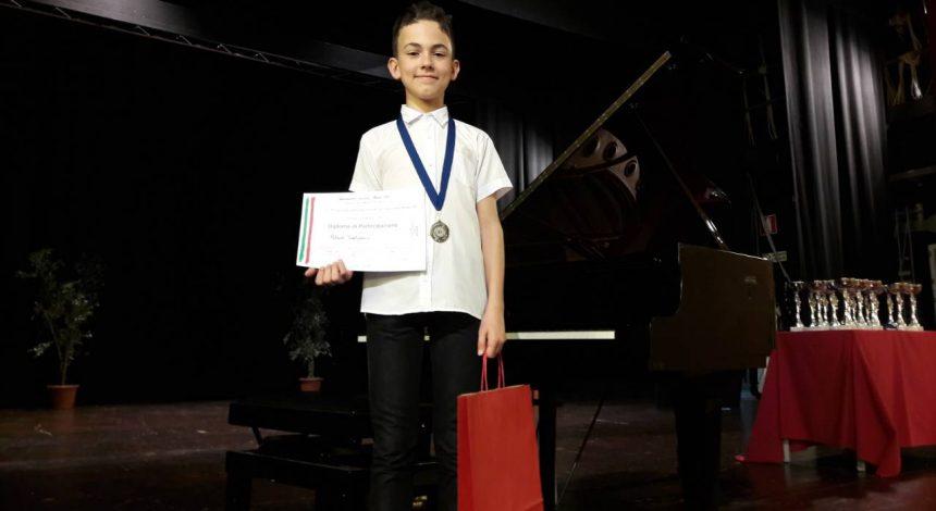 Najtrofejniji pijanist Glazbene škole Požega na natjecanju Isola del Sole