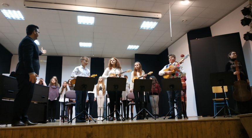 Održan Božićni koncert Područnog odjeljenja Kutjevo