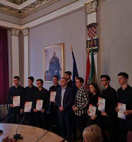 Dodjela nagrada Požeško-slavonske županije za nagrađene učenike s državnih natjecanja