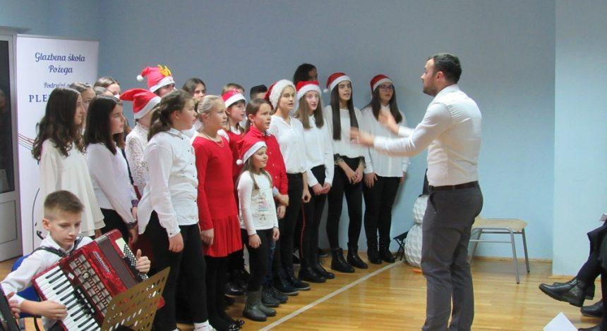 Održan  Božićni koncert u Područnom odjeljenju Pleternica