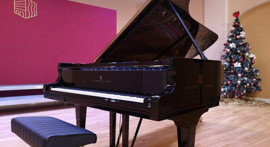 Dugoočekivani koncertni klavir stigao je u našu školu