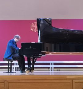 Konstantin Krasnitki održao koncert u našoj školi