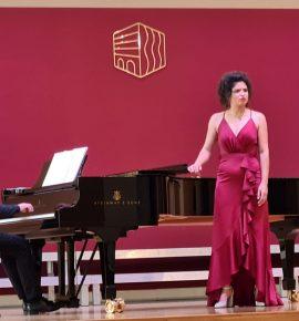 FOTO VIJESTI – Bivša učenica naše škole Marija Ticl održala koncert