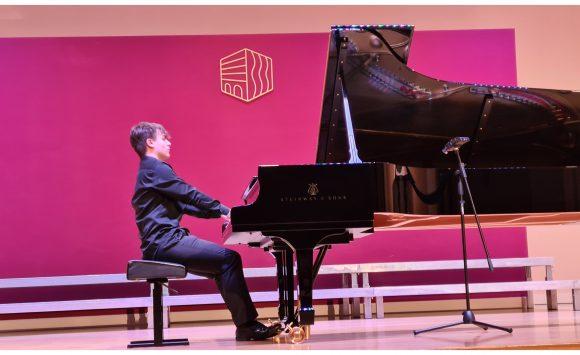 Ivan Petrović-Poljak održao koncert u našoj školi